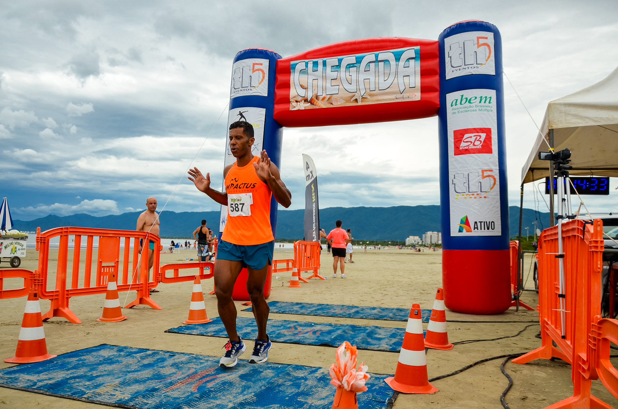 ... acontece a primeira etapa do Performance Run Aquathlon   Travessia  2019. A prova promete agitar as águas tranquilas do Cantão do Indaiá 194d52a36bd4f